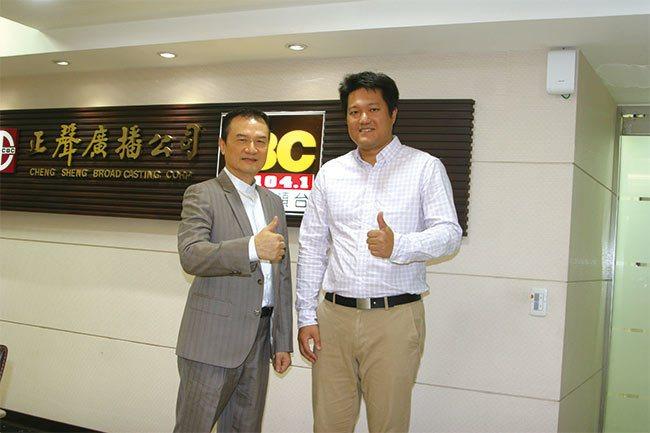 理財周刊發行人洪寶山(左)、于為暢(右)