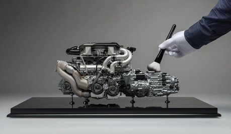 Bugatti Chiron引擎1:4模型竟要價28萬元!