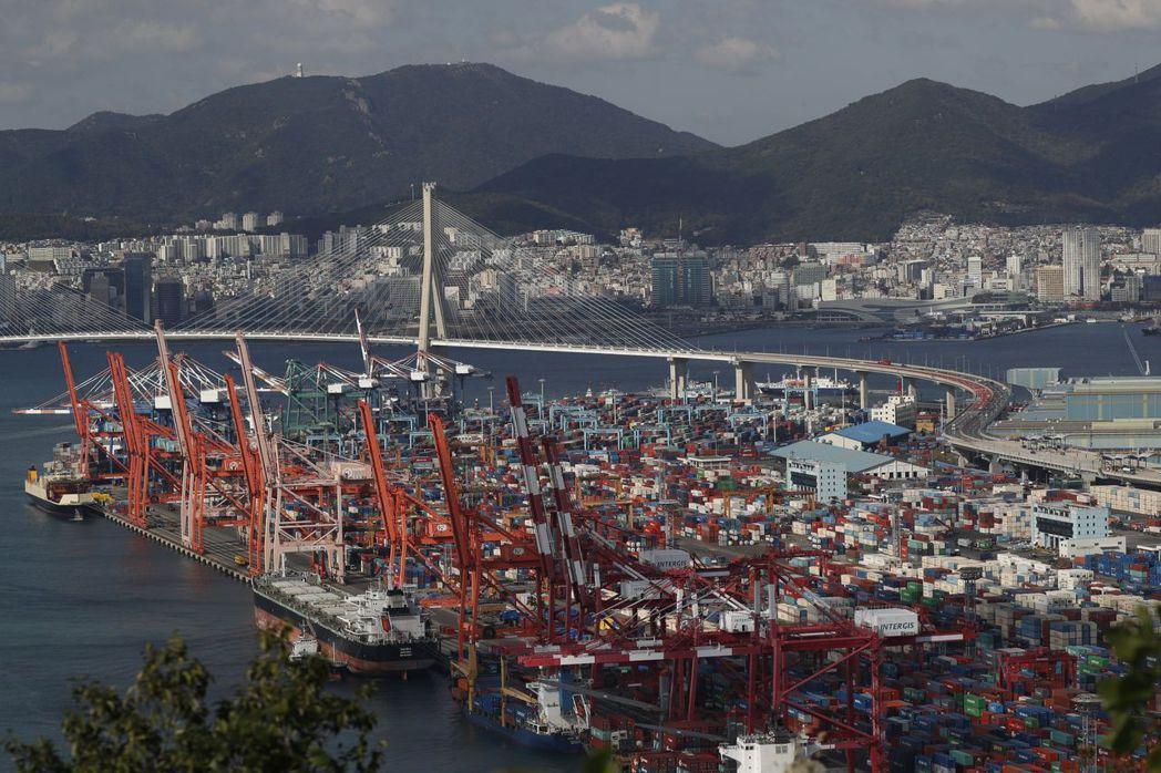 南韓第3季經濟成長優於預期。(歐新社)