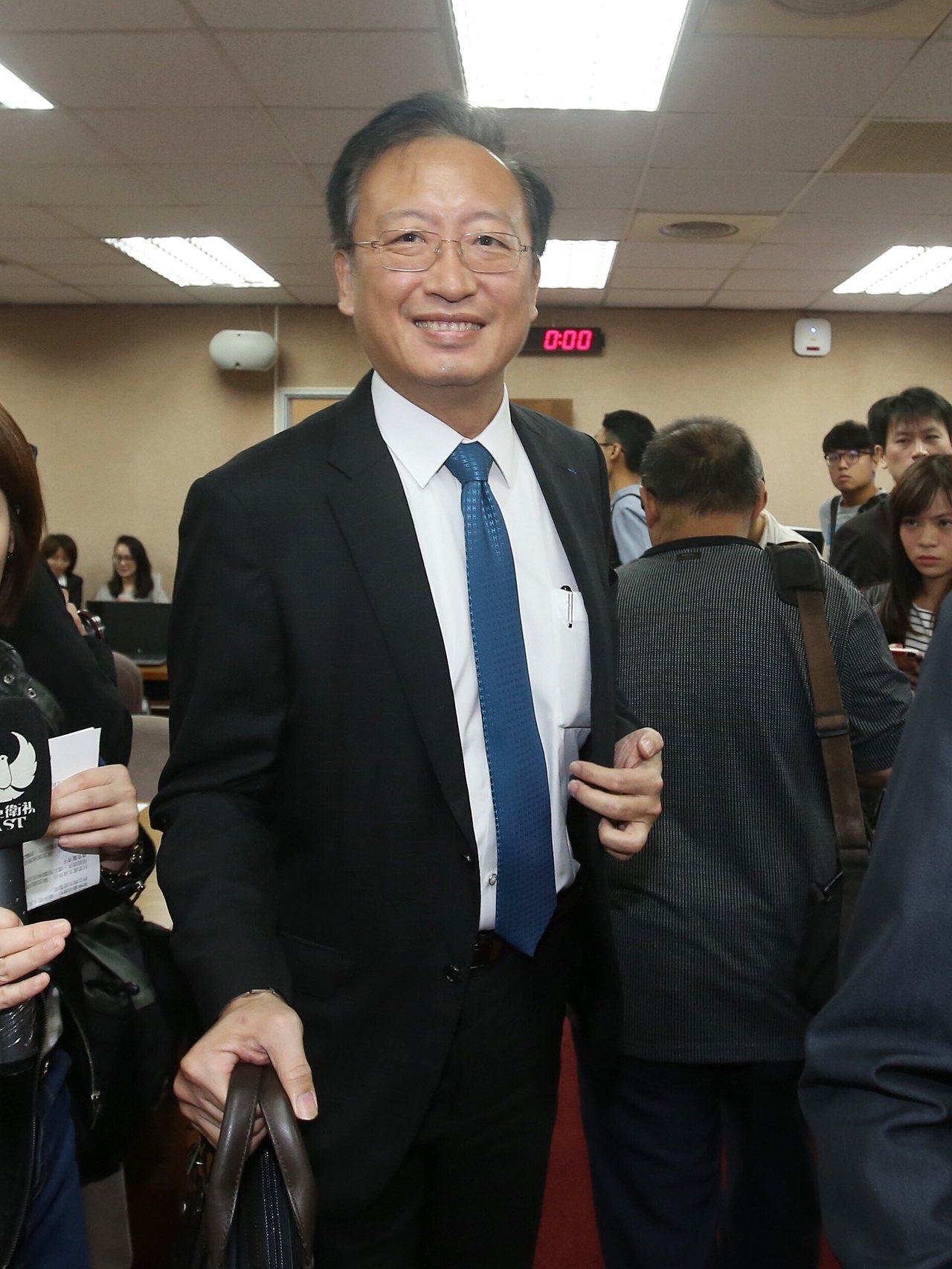 外交部次長吳志中(圖)力挺駐德國代表謝志偉。記者楊萬雲/攝影
