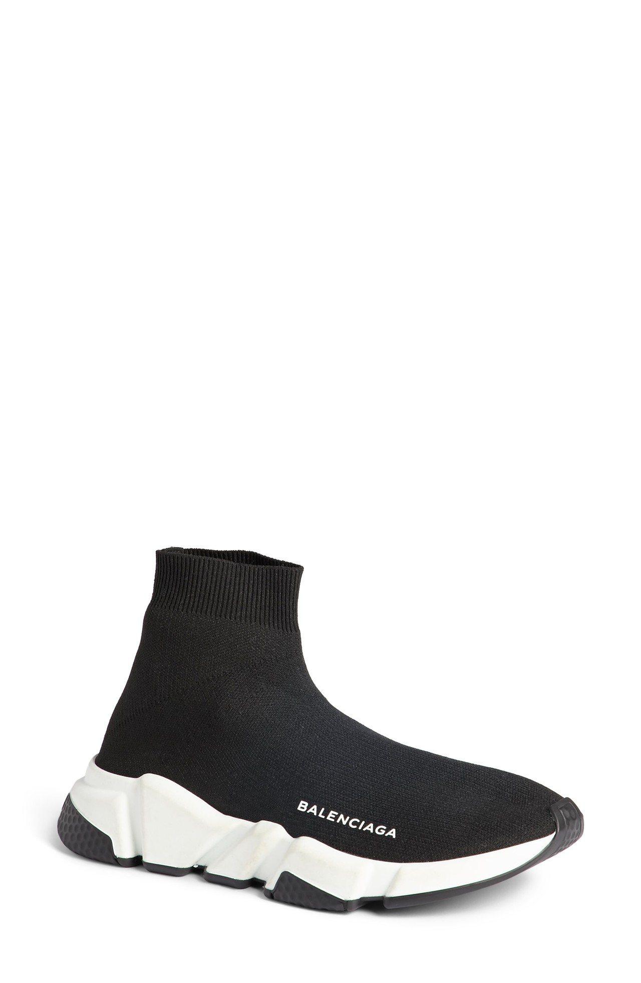 BALENCIAGA Speed Trainer系列亦為襪鞋設計。圖/取自BAL...