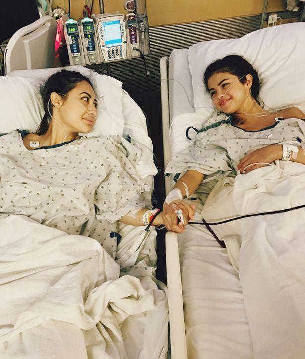 席琳娜發布動手術圖文,全球粉絲震驚。圖/摘自Instagram