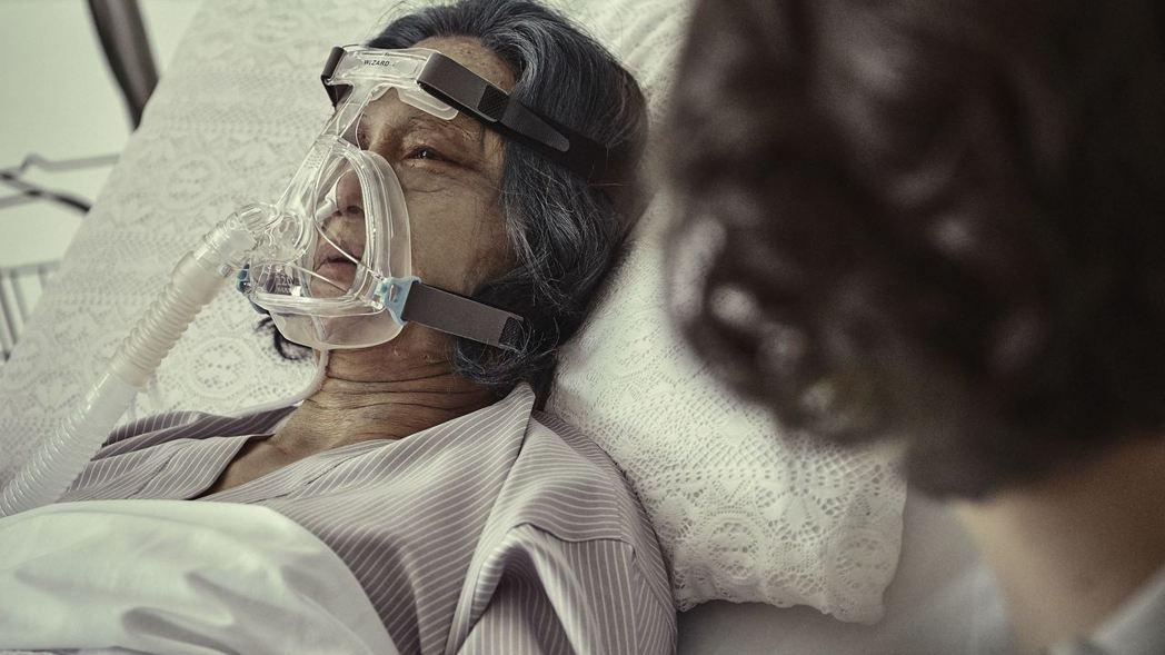 惠英紅在「血觀音」有年老重病的妝扮。圖/双喜提供