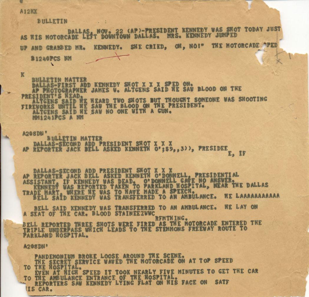 國家檔案局稍早前公布的1963年11月22日,甘迺迪總統被刺殺當天的美聯社報導的...