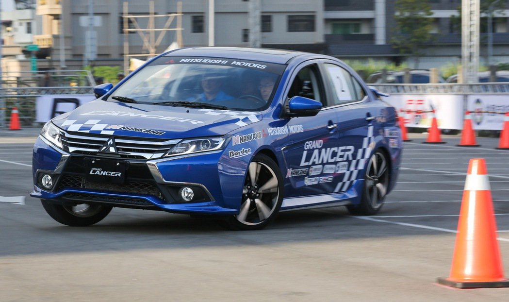 亞洲汽車金卡納國際大賽台灣巡迴賽正式開賽, GRAND LANCER成為大會比賽指定用車。 圖/中華三菱提供