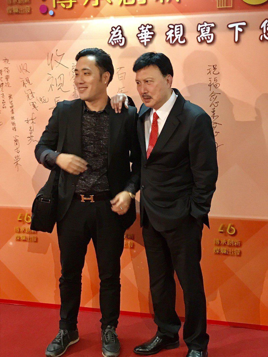 余祥銓(左)全心當余天的助理,但他說這生絕不再接觸政治。記者葉君遠/攝影