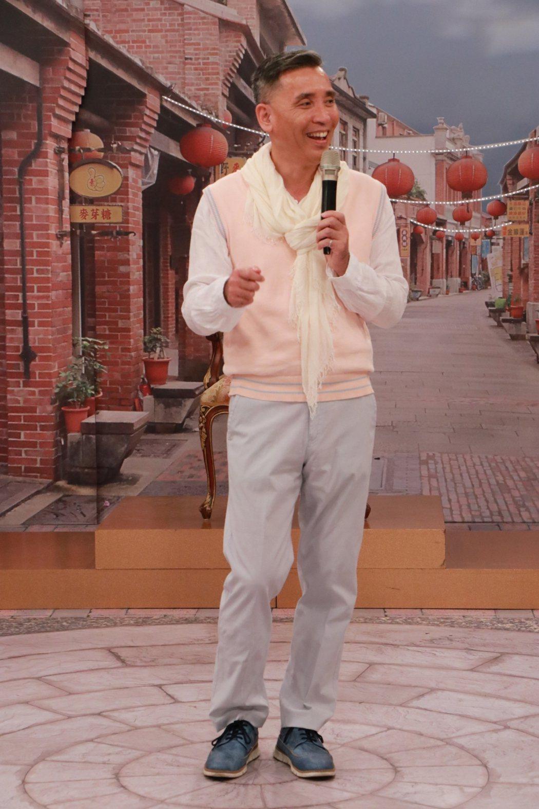 廖偉凡準備參加歌唱比賽節目。圖/中視提供
