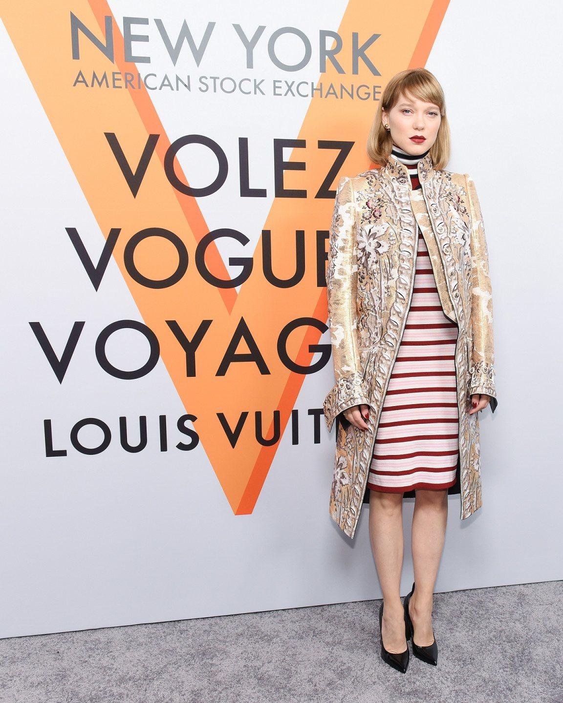 雷雅瑟杜以高辨識度的2018春夏系列出席紐約展覽開幕酒會。圖/LV提供
