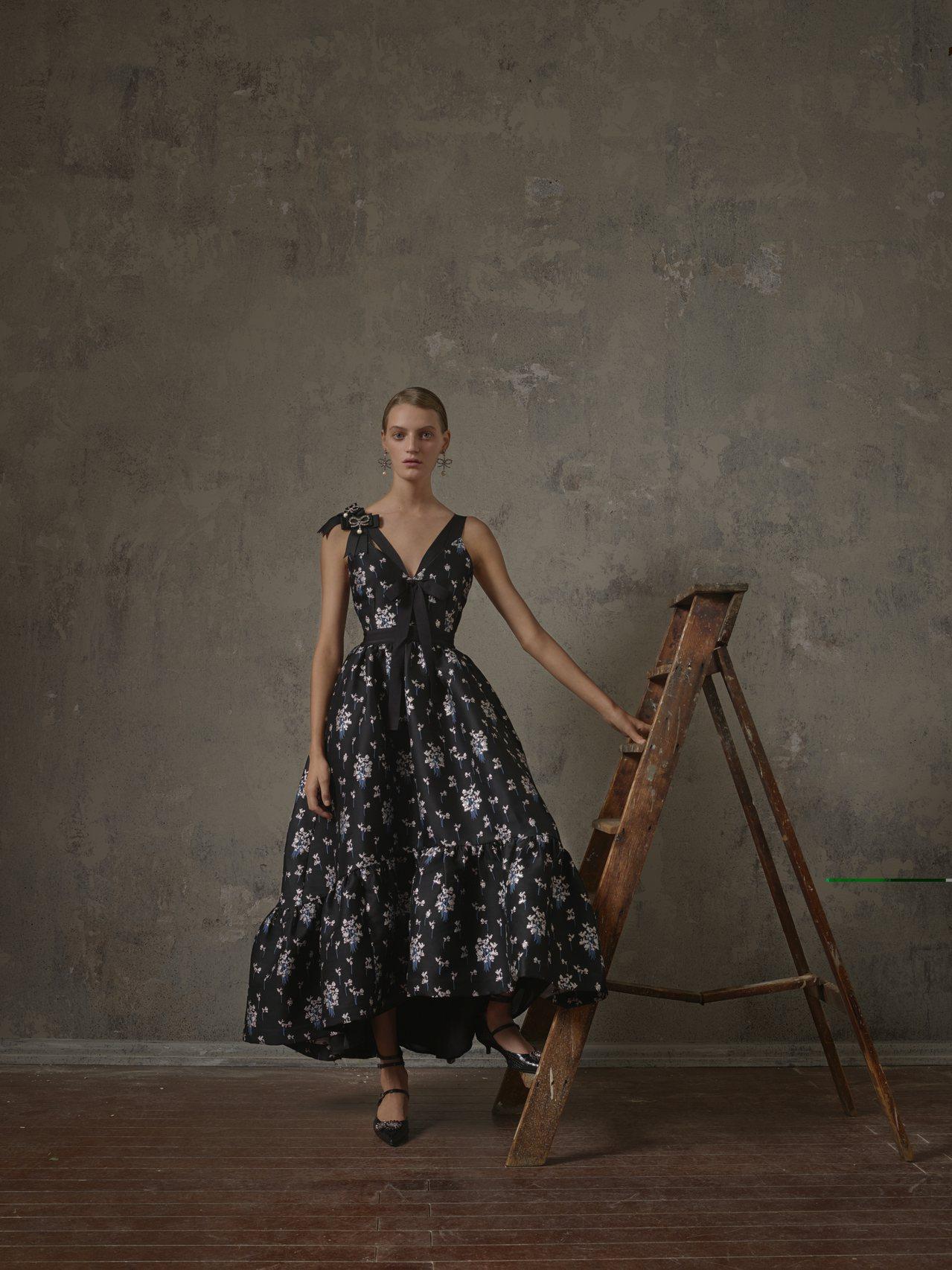 ERDEM X H&M系列把Erdem擅長的優雅唯美風格淋漓盡致發揮。圖/H&M...