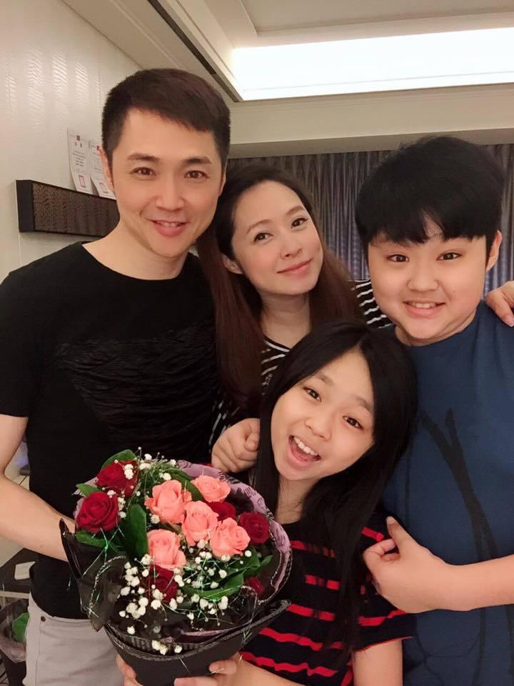 宋達民、洪百榕和兒女們對即將迎接家庭新成員,全家都十分興奮。圖/摘自臉書