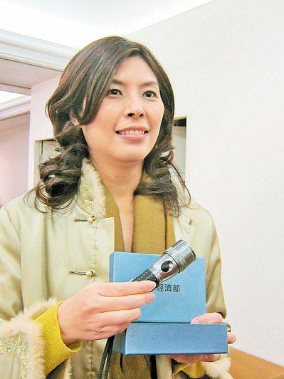 外傳鄭麗文有意投入台北市長選戰,她表示不排除。 報系資料照
