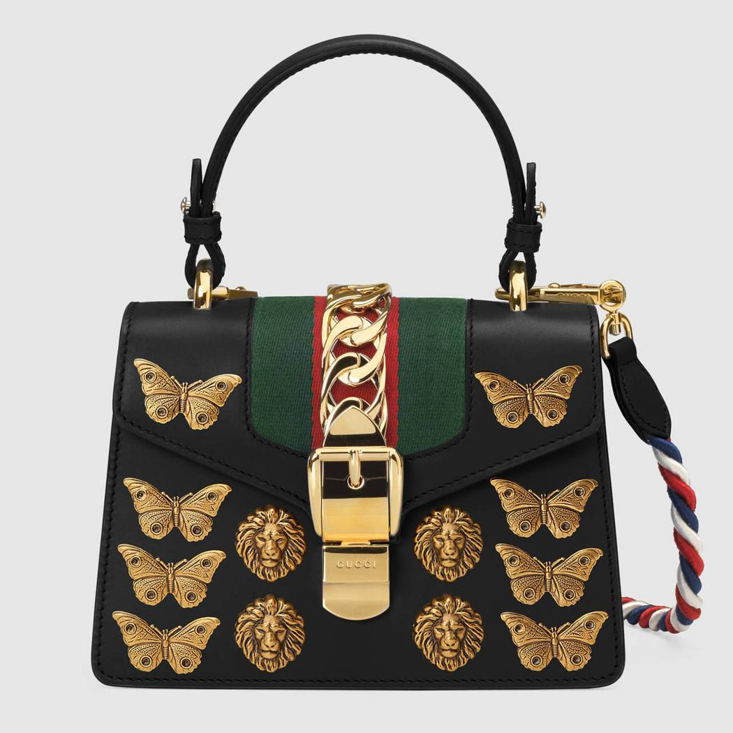 Sylvie 昆蟲裝飾肩背包,10萬7,600元。圖/古馳提供