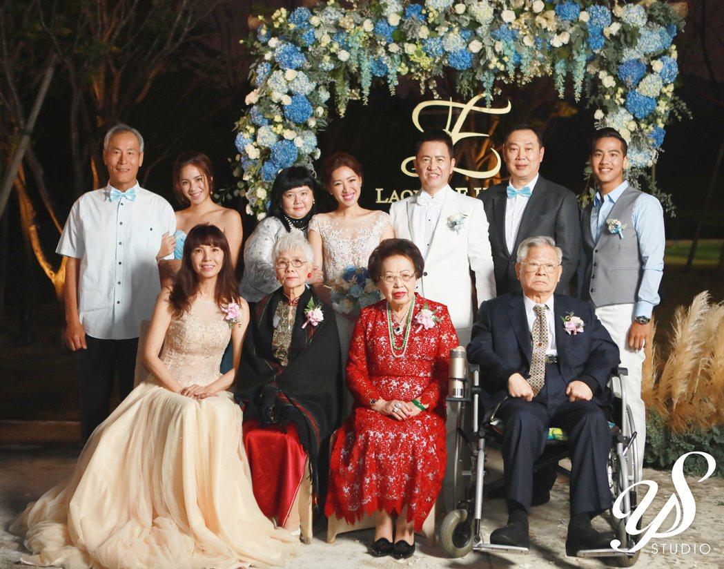 劉伊心嫁入林志隆家,成為林家媳婦。圖/老虎牙子提供