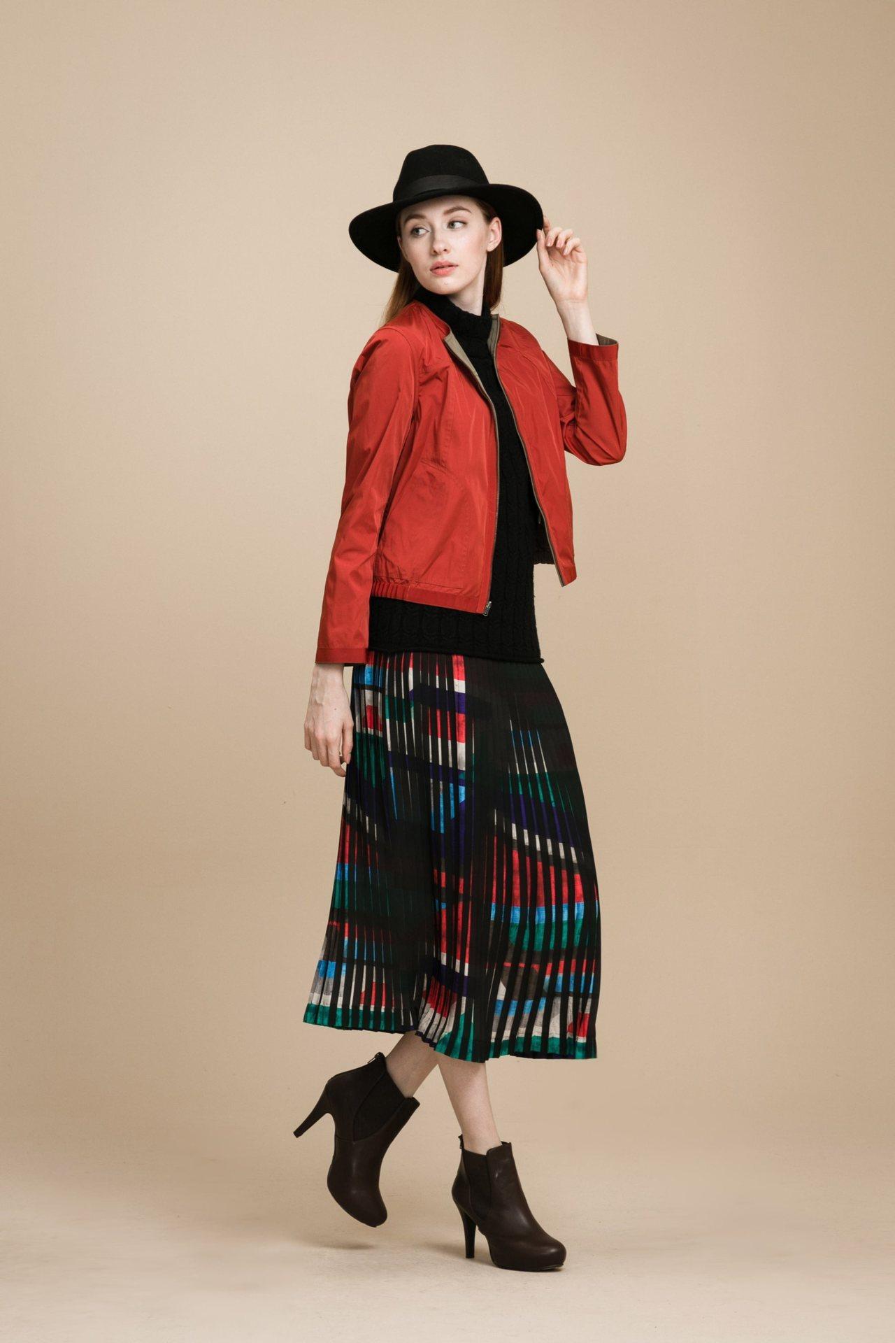 韓國面料廓形外套,4,980元。圖/KeyWear提供