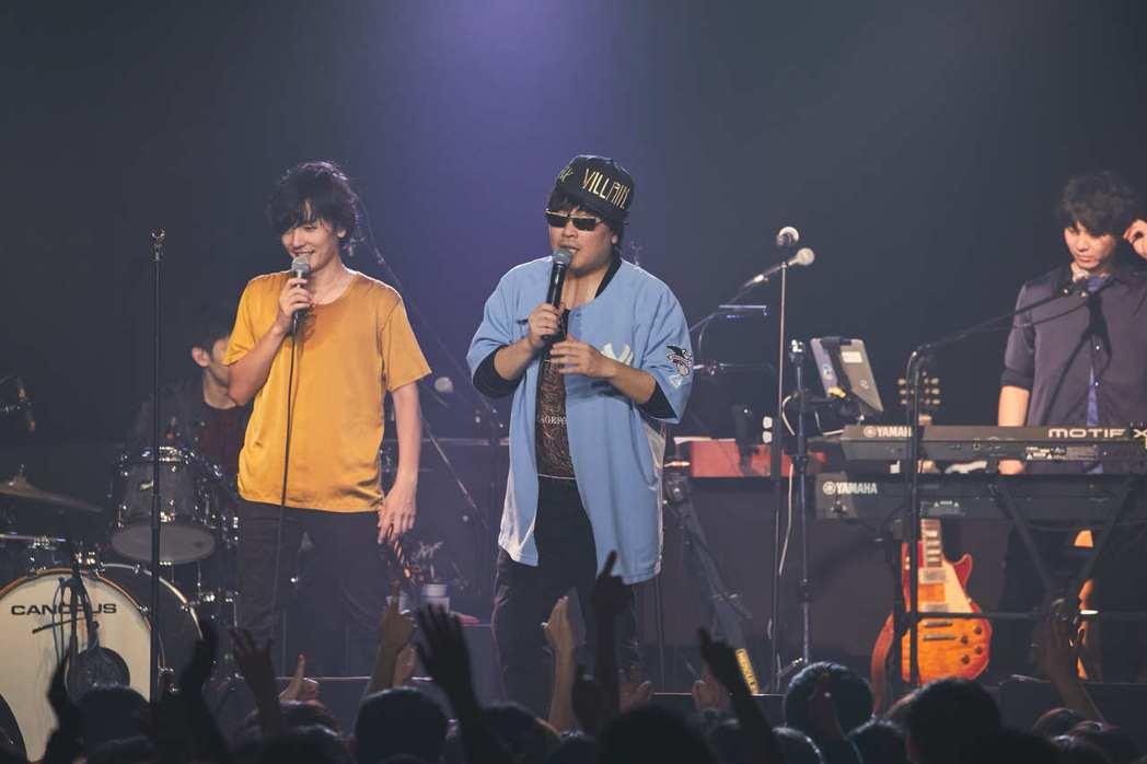 隆太(左)和一生每次台灣巡演都會上演互嗆戲碼。圖/相信音樂提供