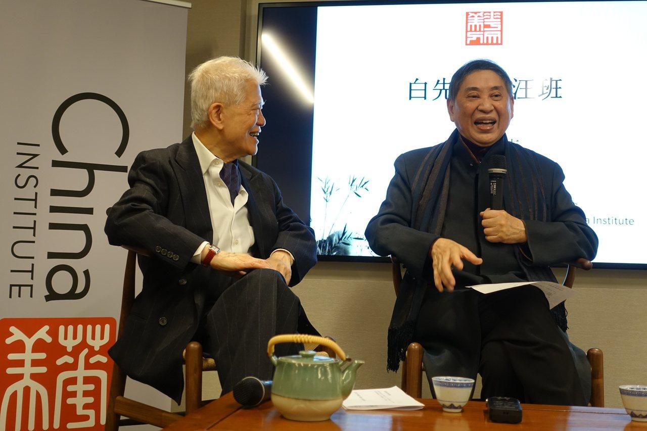 汪班(左)與白先勇談紅樓夢。(記者金春香/攝影)