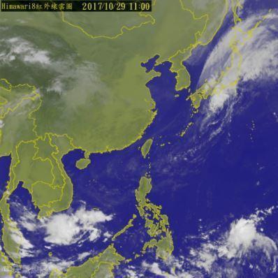 中央氣象局預報員張承傳表示,此波東北季風影響至31日,中部以北低溫有機會下探16...