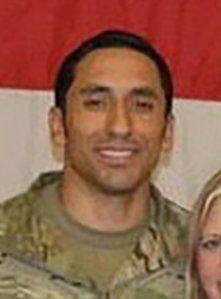 陸軍綠扁帽上士梅爾加疑遭勒斃。 圖/取自網路