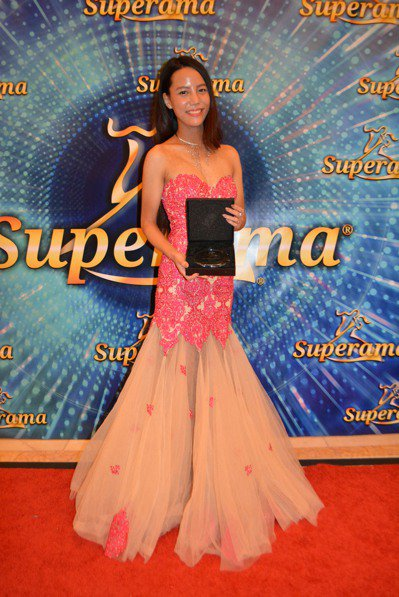 獲年度最佳國標舞新人獎的台灣選手劉巾鳳。 (記者馮鳴台/攝影)