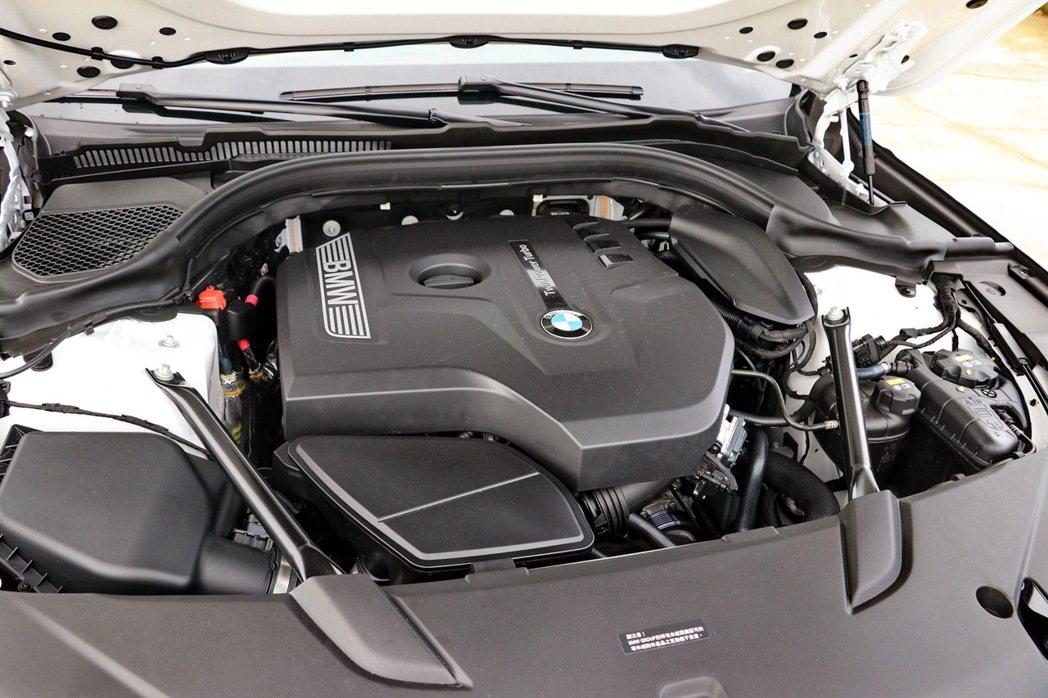 BMW 630i Gran Turismo M Sport配備BMW TwinPower Turbo 2.0升直列四缸汽油引擎。 記者陳威任/攝影