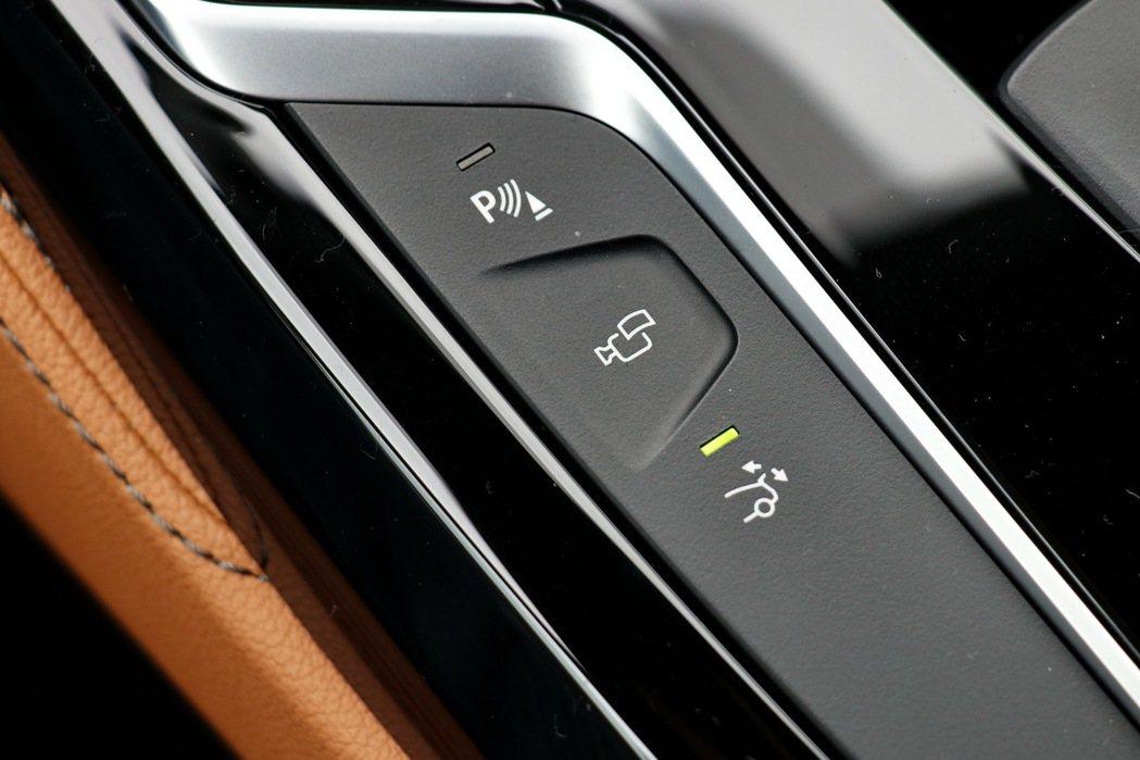 BMW 630i Gran Turismo的主動安全配備表現出色。 記者陳威任/攝影