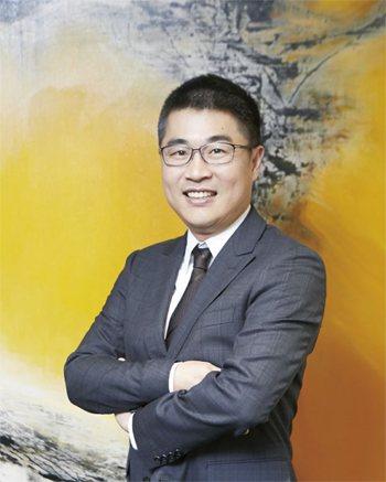 郭學君今年三月接任龍巖總經理。 (攝影/孫玉璞)