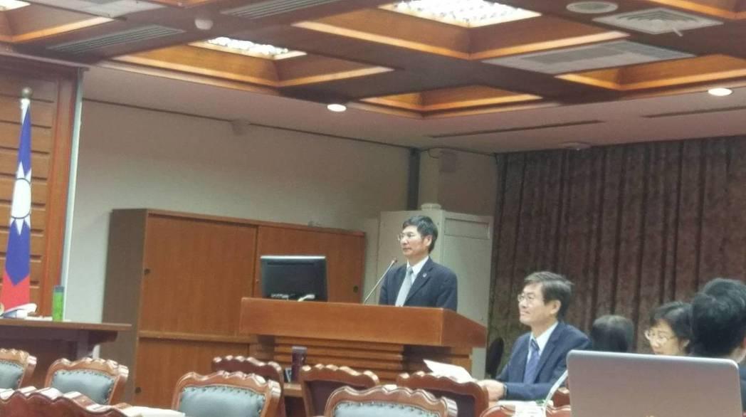 科技部長陳良基今(30)日赴立院教育及文化委員會進行業務報告。圖/記者陳慶徽攝。