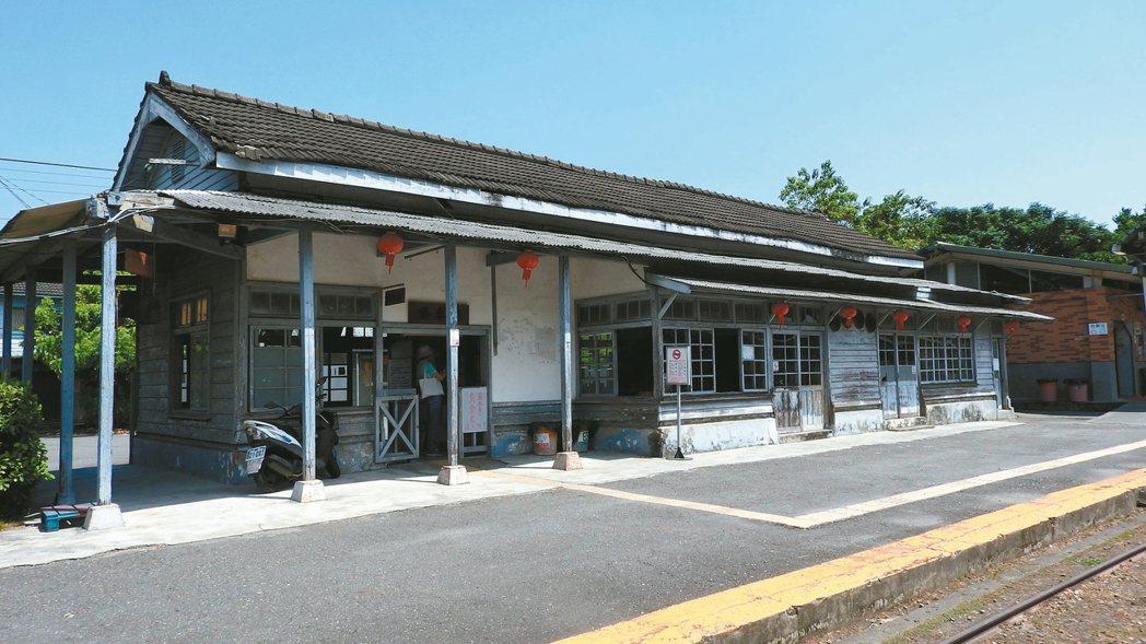 已有百年歷史的蒜頭車站。 記者魏妤庭/攝影