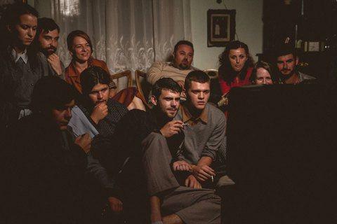 羅馬尼亞過去在社會主義專制經濟體制之下,西方電影的製造、流通、放映或觀影,都只能...