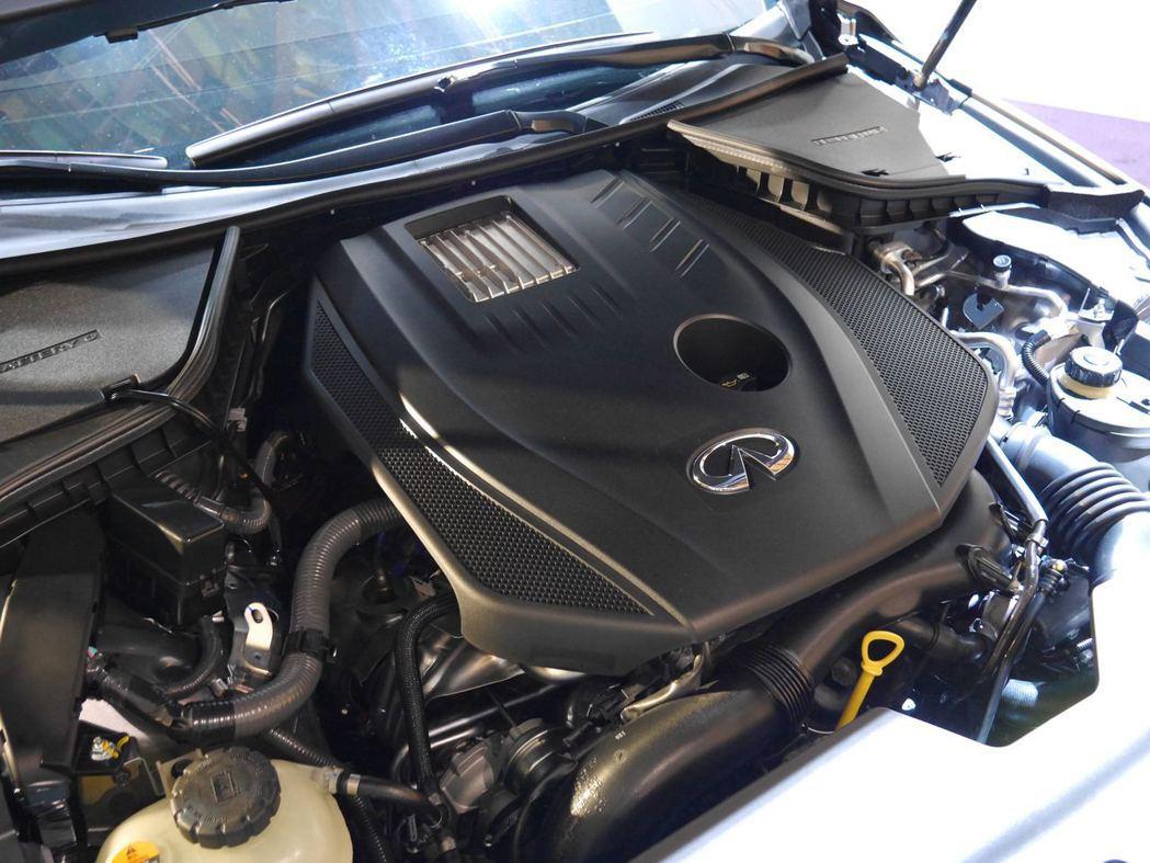 2.0升渦輪增壓汽油引擎。記者林昱丞/攝影