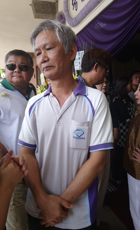 陳正宗說,妻子重癱後依然樂觀面對, 照顧他是夫妻責任。記者卜敏正/攝影