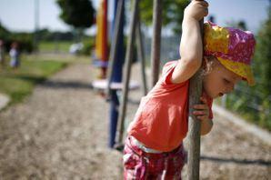 李淑菁/敢讓一歲寶寶爬上爬下的挪威幼兒園