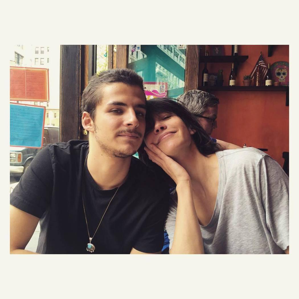 蘇菲瑪索(右)和兒子文森難得親密合照。圖/摘自Instagram