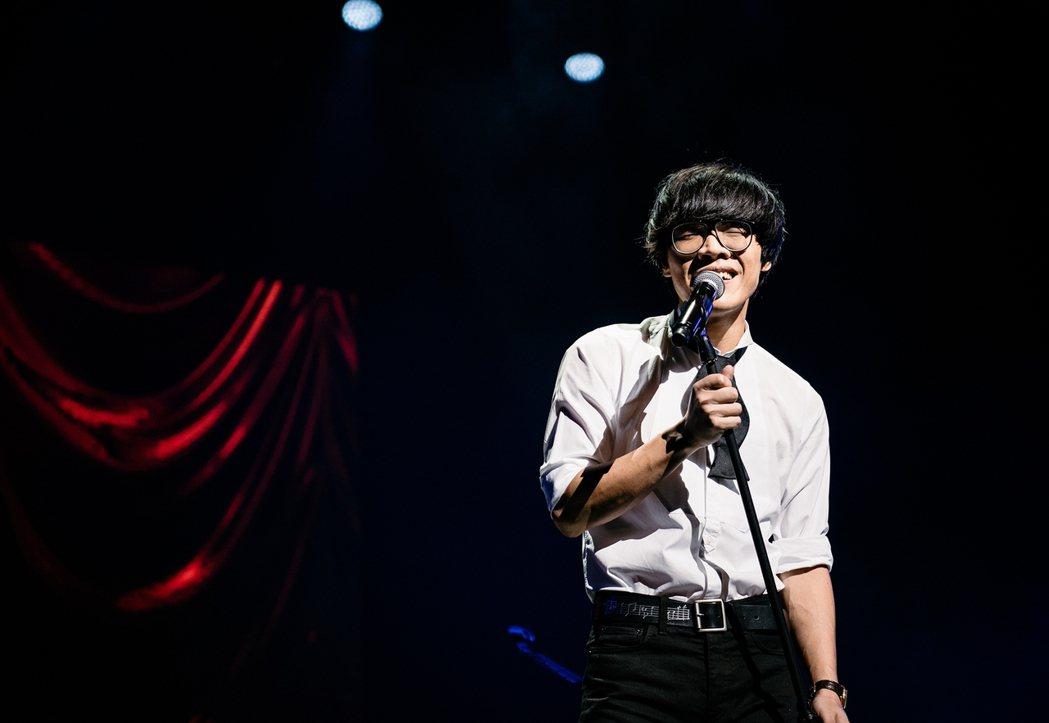 盧廣仲前進台中舉辦校園巡迴演唱會。圖/添翼提供