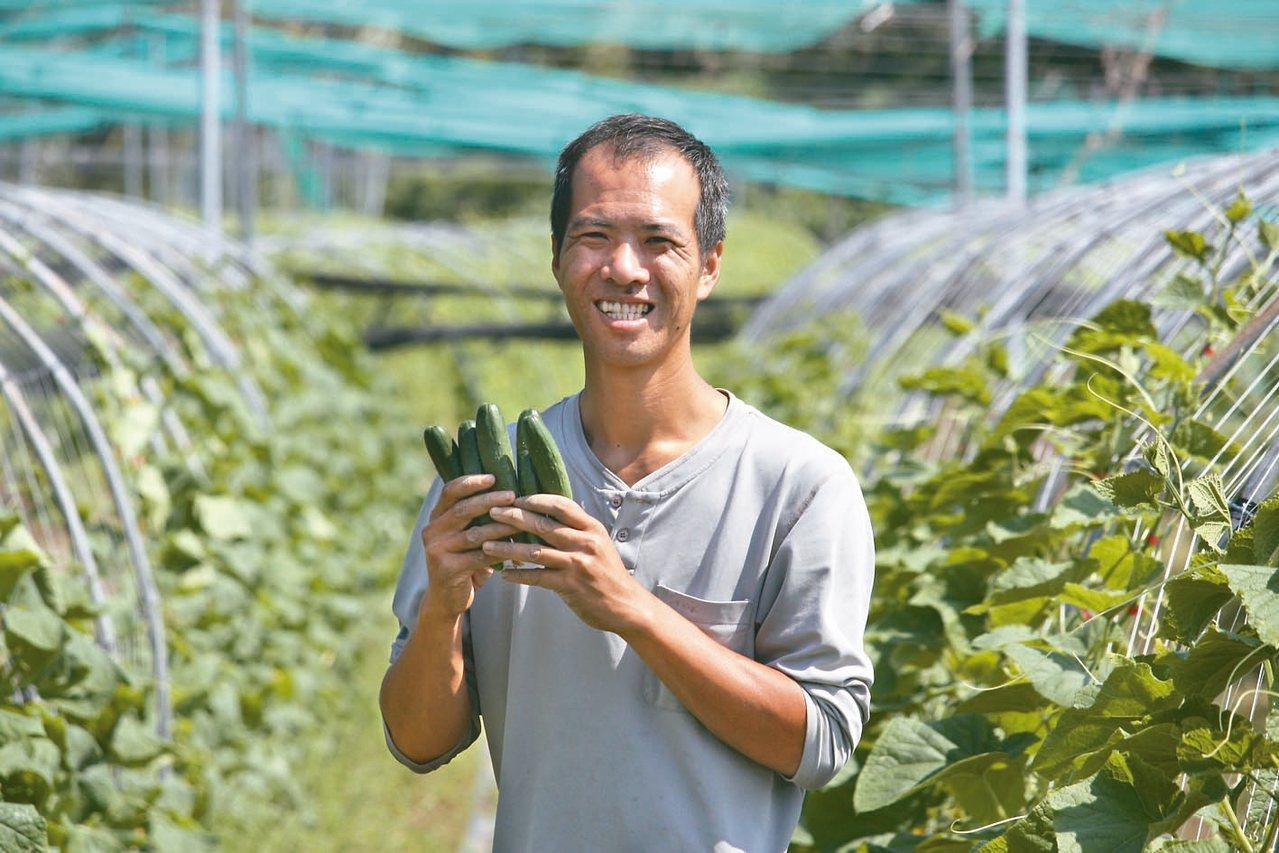 廖家助採友善農法並與北部餐廳契作,產地直送,讓消費者吃得安心。 記者潘俊偉/攝影