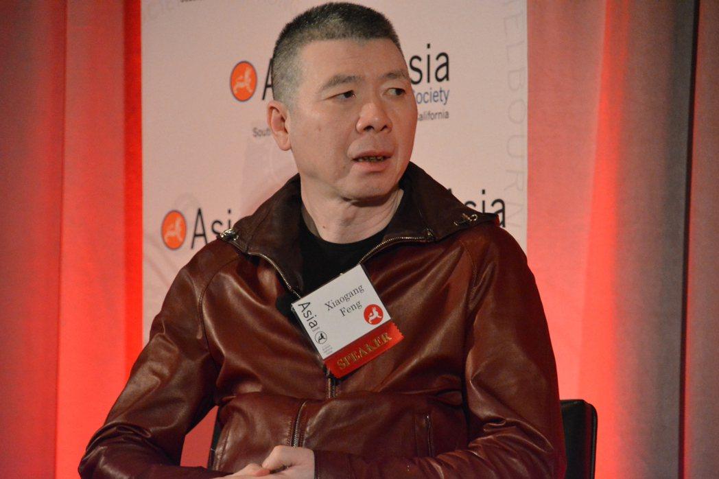 馮小剛在中美電影峰會座談。記者李雪/攝影