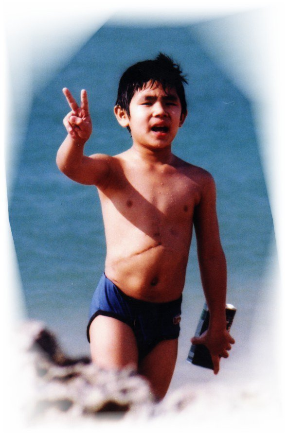 2003七歲。首度下水(屏東墾丁國家公園)。 圖/楊慧鉑提供