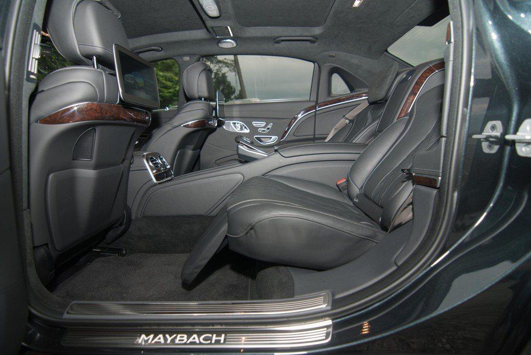 Mercedes-Maybach S-Class後座。記者林昱丞/攝影
