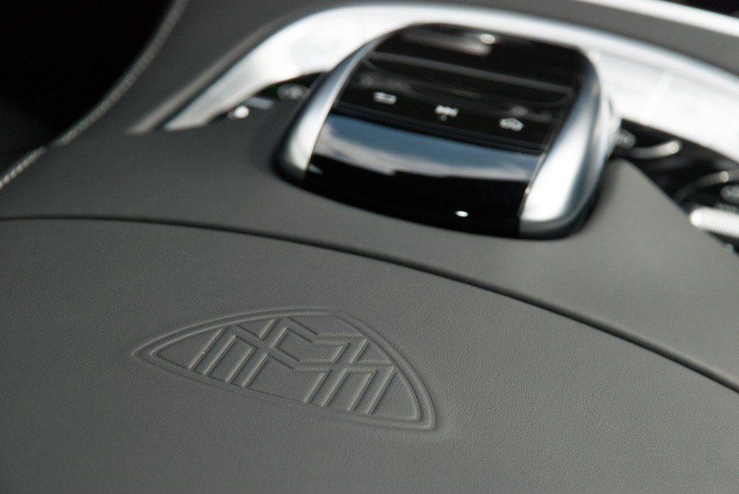Mercedes-Maybach就是在這些小細節彰顯尊爵。記者林昱丞/攝影