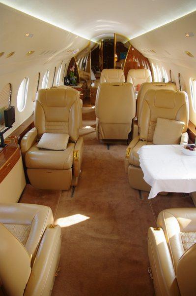 達梭隼鷹(Falcon)7X商務客機的內裝。 記者程嘉文/攝影