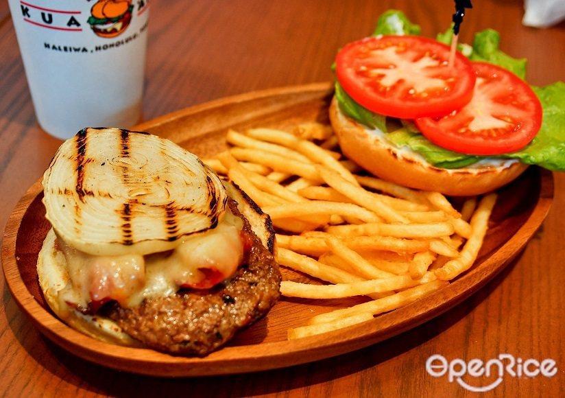 ▲每塊漢堡肉皆以碳烤方式呈現,而炭烤後的洋蔥與蔬菜,加上酪梨和鳳梨的果酸,蔬菜的...