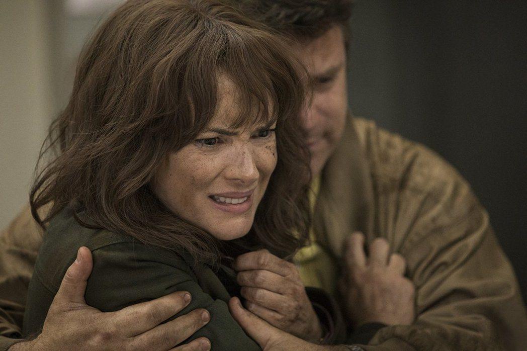 薇諾娜瑞德在「怪奇物語」第2季依然有很多發揮。圖/摘自imdb