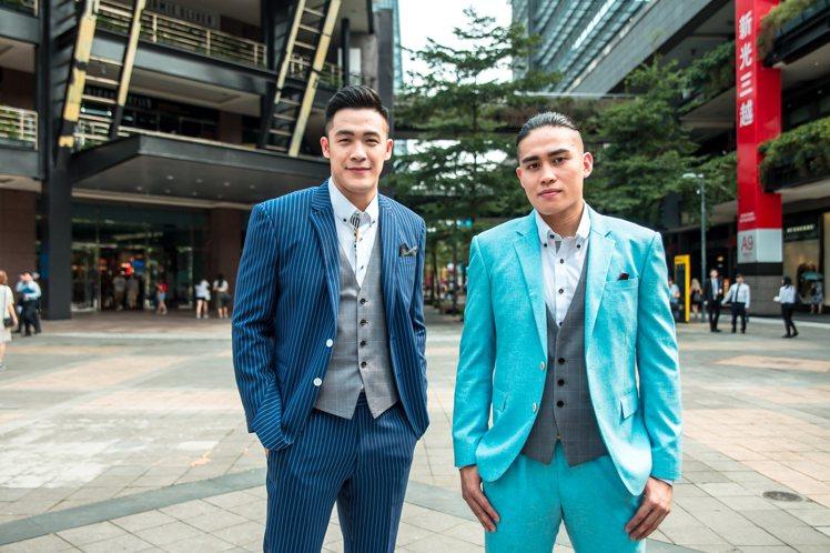 周儀翔(左)與陳盈駿(右),也難得有條紋西裝、亮色西裝的造型。圖/東潮時裝西服
