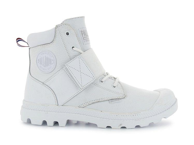 Palladium Pampa HI Strap LTH系列鞋款,約2,980元...