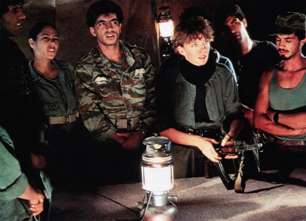 金獎影后黛安基頓(右三)曾主演電影版「女鼓手」。圖/摘自Cineplex