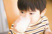 鮮奶、牛乳、保久乳到底怎麼分?看完這篇就懂了