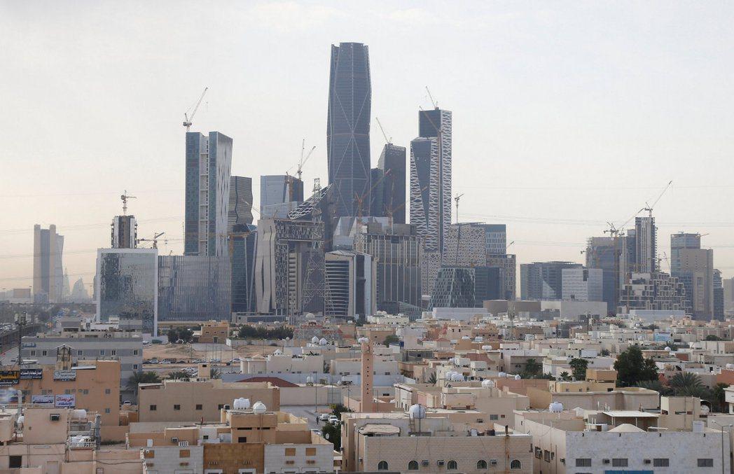 沙烏地阿拉伯首都利雅德正在興建中的商業區。 路透