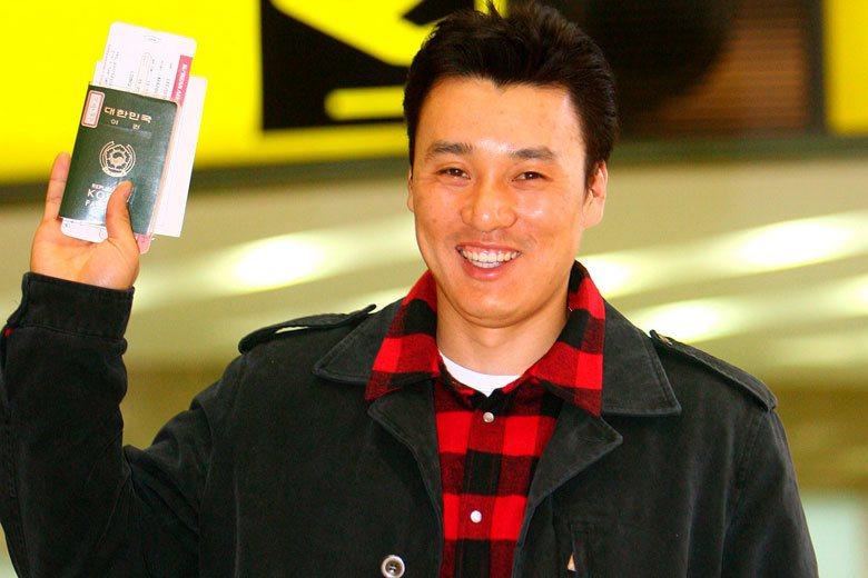 李承燁在2004球季加入日職,首季表現並不出色,但他適應之後完全爆發,於2005...