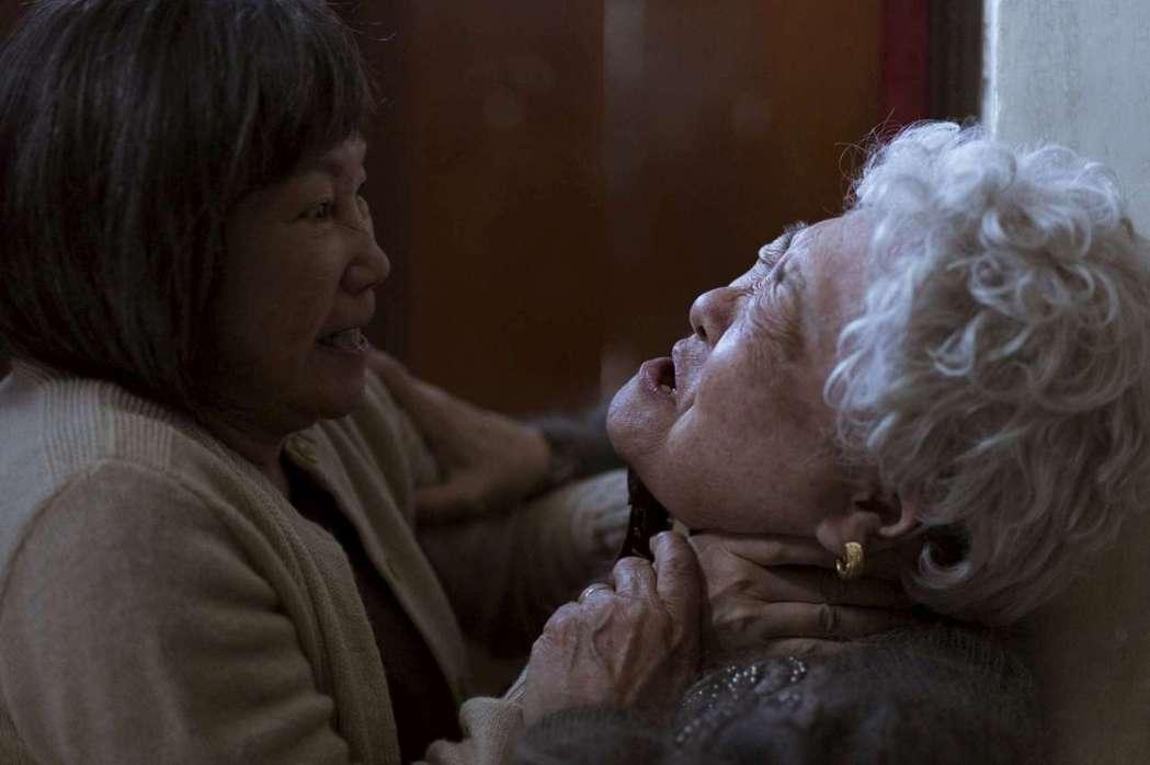 陳季霞(左)與劉引商在「順雲」中演出一對愛恨交織的母女。圖/高雄電影節提供