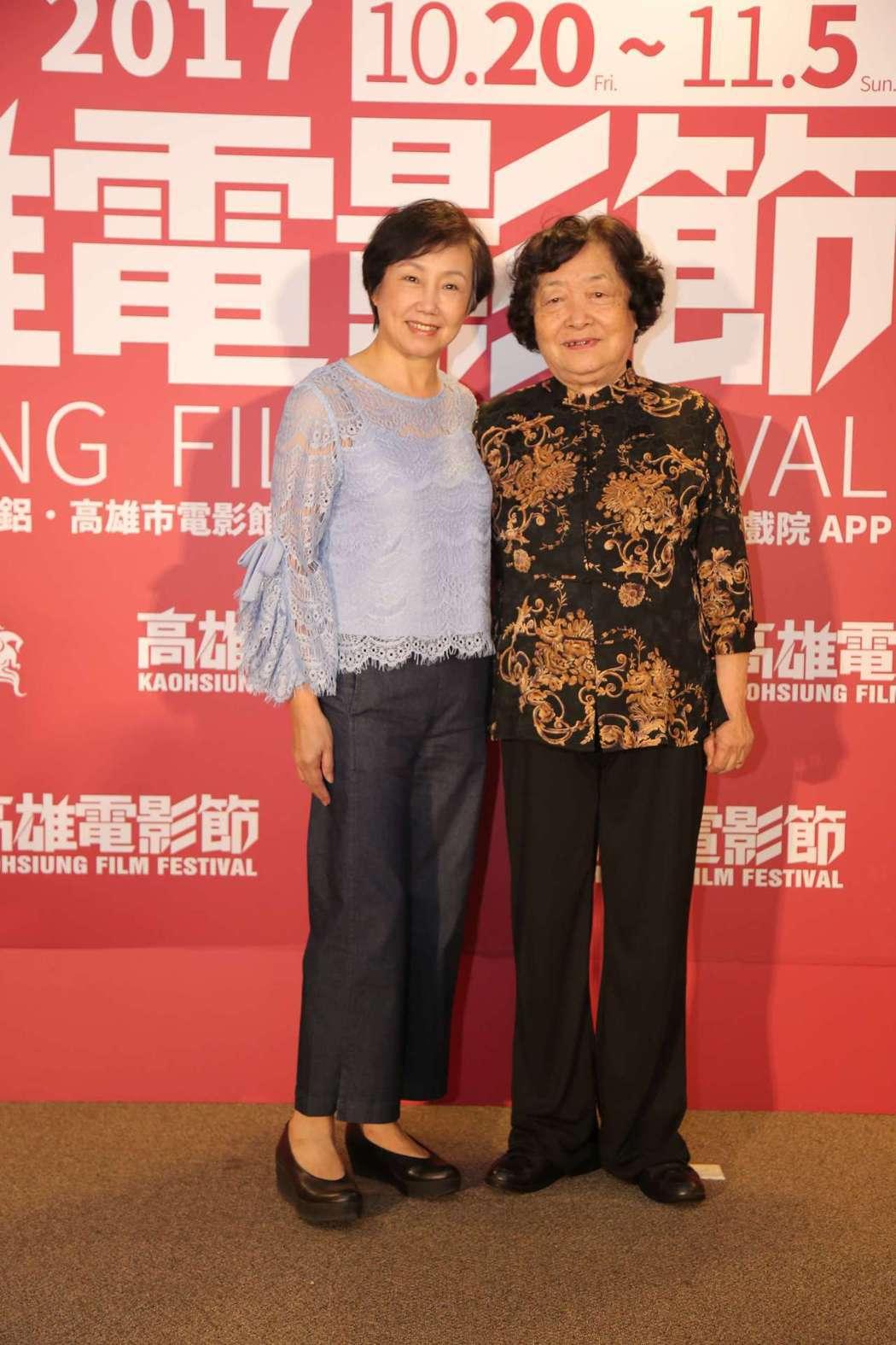 陳季霞(左)與劉引商在「順雲」中扮演一對母女。圖/高雄電影節提供